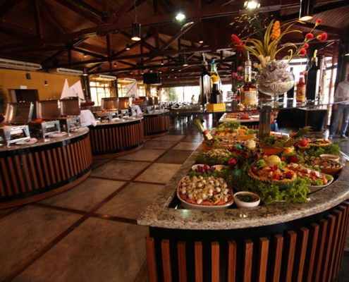 cataratas-do-iguacu-porto-canoas-restaurante-buffet